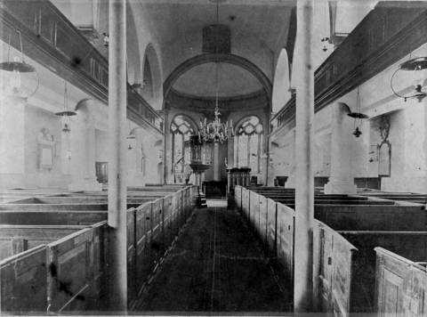 St. Aidans, Billinge - Interior of the church